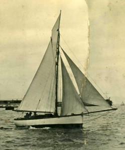 Commodore Hownam Meek's Idler 1924